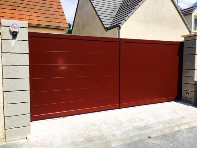 Installation d 39 un portail et portillon aluminium for Portail alu marron